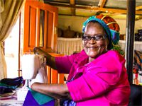 #BeautifulNews: The fabric binding this community is sewn by a seamstress with no hands