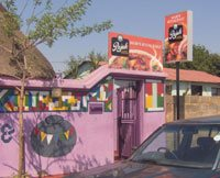 'Lip-smacking' brand campaign brings Rajah Curry home to Soweto consumers