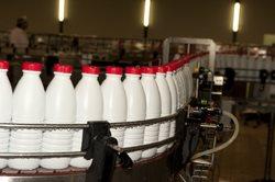 Long life milk in plastic bottles