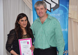 Aneesah Fulat, packaging and technology student from the Institute of Packaging South Africa (IPSA) with her Student Gold Pack Award, and Gareth Pearson, CEO of BMi Research.