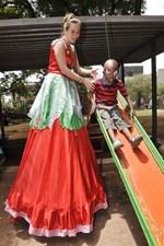 Sunlight sponsors children's home party