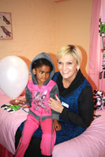 Charmaine Vosloo (Branch manager of CHOC PE) shows cancer patient, Tesmia Goede, the new CHOC Lodge where her mother will be staying while she undergoes cancer treatment in the CHOC Paediatric Oncology Ward at Dora Nginza Hospital in Port Elizabeth. The lodge can accommodate 27 mothers and their children.