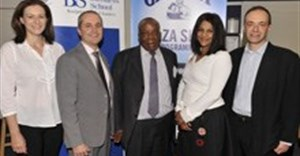 L - R: Liezel Bygate – Marketing Director, GSK / Dave Thomas – GM: GSK / Dr Thami Mazwai – WBS Executive in Residence / Chimene Chetty – Director, Centre for Entrepreneurship / Dr Adam Gordon – Acting Head of School.