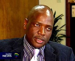 Hlaudi Motsoeneng lied about his qualifications. (Image extracted from the SABC website)