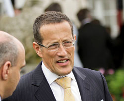"""Richard Quest: """"When is South Africa going to play the role that it is destined to play on the continent as the regional superpower?"""" (Image: Wikimedia Commons)"""