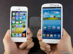 Apple and Samsung smartphones use biometric data instead of passwords to authenticate users. Image: