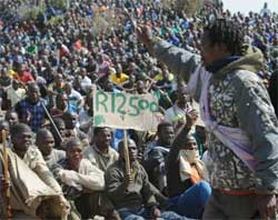 Platinum miners remain on strike, demanding a minimum wage of R12,500 per worker. Image: