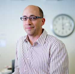 Twitter's Dick Costolo says that Twitter will keep deleting videos and images posted on its social platform but admits its very difficult to keep track of postings because new accounts are being created all the time with the content embedded in the postings. Image: Wikipedia