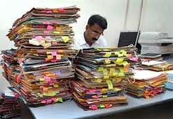 India's public service is notoriously inefficient in delivering services. Now the Indian government has implemented computerised systems to check on workers who are slacking off by not working. Image: