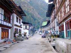 The main street in Tashigang, Bhutan, one of the sites that can be explored using Google's Steet View of the isolated country that discourages tourism. Image: Wikipedia