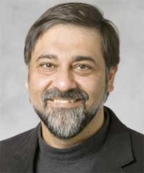 Vivek Wadhwa, a Research Fellow at Stanford University says that technology has the ability to examine problems from all different sides, virtually simultaneously making it useful in efforts to stem the spread of the Ebola virus. Image: