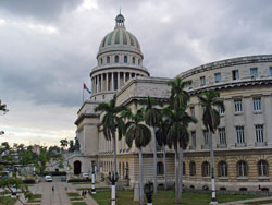 The El Capitolio, or National Capitol Building in Havana, Cuba, was the seat of government in Cuba until after the Cuban Revolution in 1959. Cuba has one of the lowest Internet access rates in the world. (Image: Public Domain)