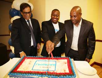 Executive chairman of Independent Media, Dr Iqbal Survé, editor of I'solezwe lesiXhosa Unathi Kondile and Premier of the Eastern Cape, Phumulo Masualle