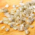 Hawks bust illegal diamond dealers