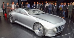 Mercedes showcases new plug-in hybrid car