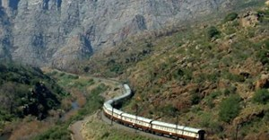 Rovos Rail gets on the Shongololo Express
