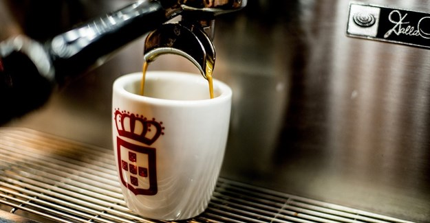 New app gives Vida e Caffe customers instant loyalty points