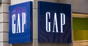 Sales slump worsens at fashion group Gap