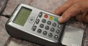 City pilots card payments at vehicle registration centres