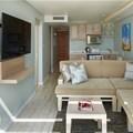 La Montagne refurbished lounge