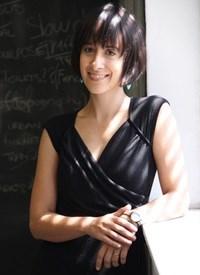 Dr Edna Peres