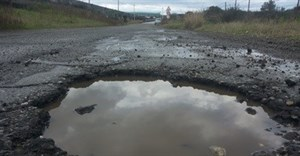 Tyres, weather, road surfaces and driving safety