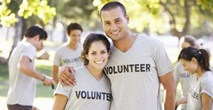 Volunteer during Responsible Business Week