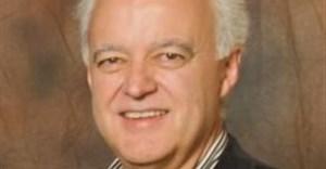 Professor Adré Schreuder, CEO: Consulta