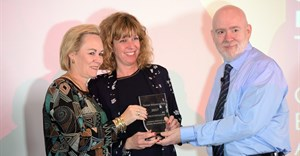 Robyn De Villiers, chairman and CEO of Burson-Marsteller Africa (left) and Aude Bousseau, marketing and PR manager of Turner Africa (right), receiving the 2017 SABRE Award in the Public Education category.
