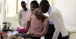 Senegal's corner shops go digital to track trade