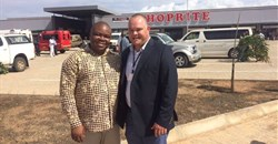 R-L: Gerhard van der Westhuizen, project manager of Atterbury Property Development, and Tagir Carimo, mayor of the City of Pemba.