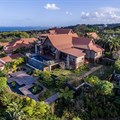 Durban North property with green-energy leanings including conservation of rain water, solar heating and home automation. Image source: Pam Golding Properties