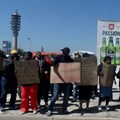 Makro workers picket in Port Elizabeth