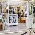 Gateway 'Out the Box' shopper promotion.