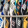 SARS cracks down on counterfeit clothing