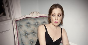 Suzanne Vega to perform at the National Arts Fest
