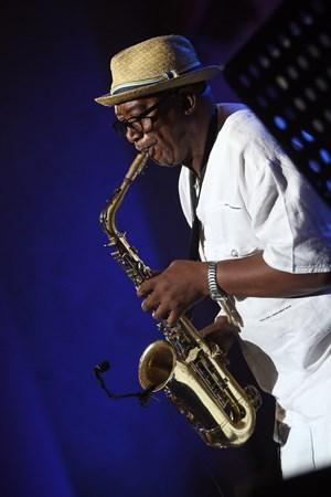 #MusicExchange: Sipho 'Hotstix' Mabuse