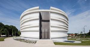 Hugo Correia completes elliptical church in Portugal