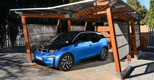 #TriedAndTested: BMW i8 and i3