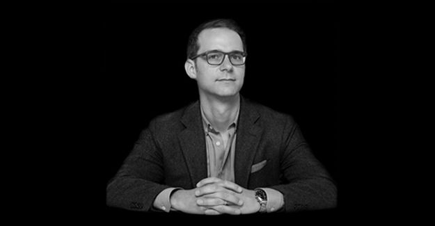 Ian Mackenzie is ECD at Canada's FCB Six and this year's Loeries 'integrated campaign', 'print and out of home (OOH)' and 'print and out of home crafts' jury president.