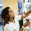 How do females fare in the SA retail market?