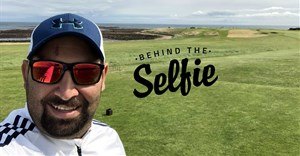 "Peters captions this: ""My golfing bucket list. #Scotland"""
