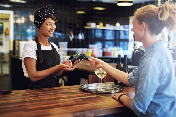 7 tips for providing top-class shopper support in-store