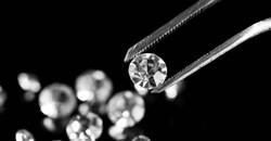 More than 30,000 diamonds seized in Angola