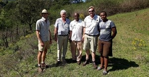 L-R: Farmers, commercial and smaller scale, working together for the improvement of lives: Andrew Pooler, Dave van Rensburg, Cyril Hlengwa, Rob Stayplton-Smith and Siya Hlengwa