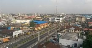 Yaba, Lagos, Nigeria. Image by T. Obi, CC BY 2.0,