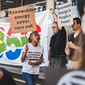 More than 40 people, individuals and representatives of various organisations – 350africa.org, Fossil free for South Africa, Project 90 by 2030, Green Anglicans among others – picketed at the Energy Week Gas summit at the Westin Hotel in Cape Town on Tuesday morning. Photo: Yann Macherez