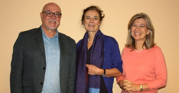 From left to right: Professor Frans Swanepoel, Professor Louise Fresco and Professor Lise Korsten/ ©UP media