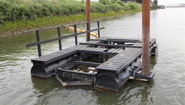 The litter trap collects floating plastic waste and is then emptied. Recycled Island Foundation, Author provided