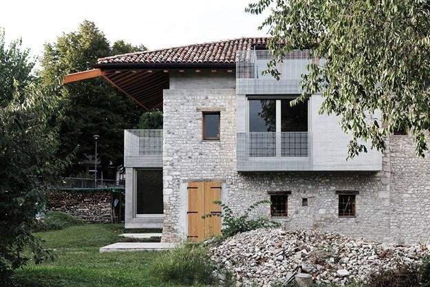 House 1. Image © Mattia Balsamini